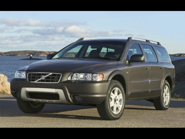 Junk 2006 Volvo XC70 in Chattanooga