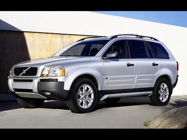 Junk 2006 Volvo XC90 in Los Angeles