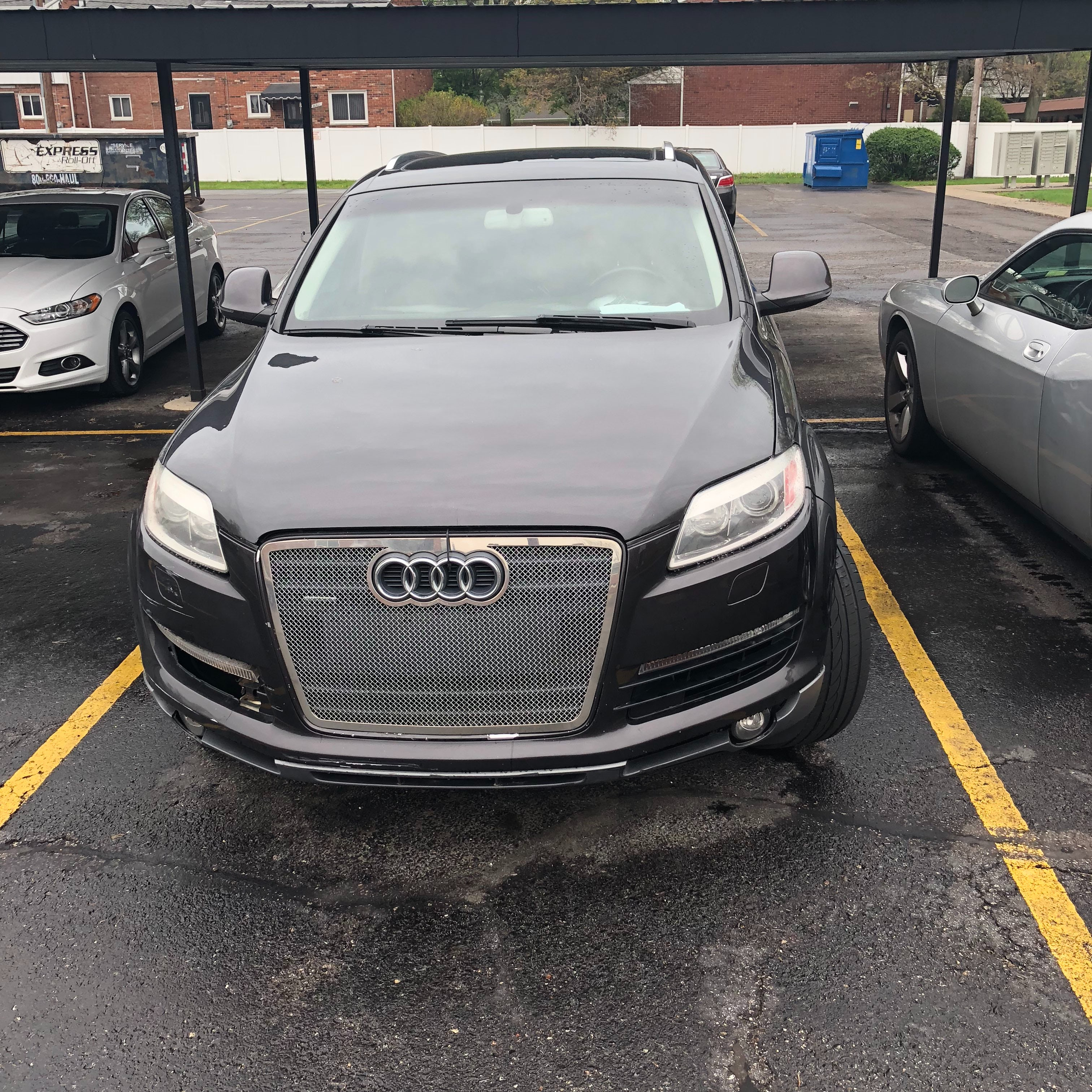 Junk 2007 Audi Q7 in Harper Woods