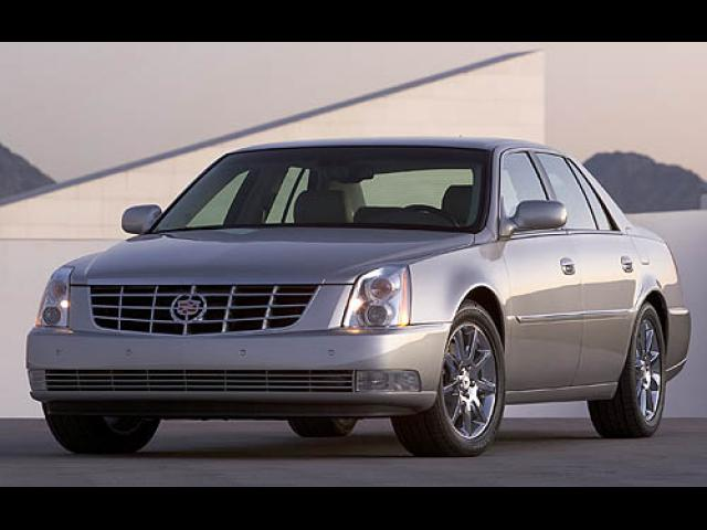Junk 2007 Cadillac DTS in Bishop