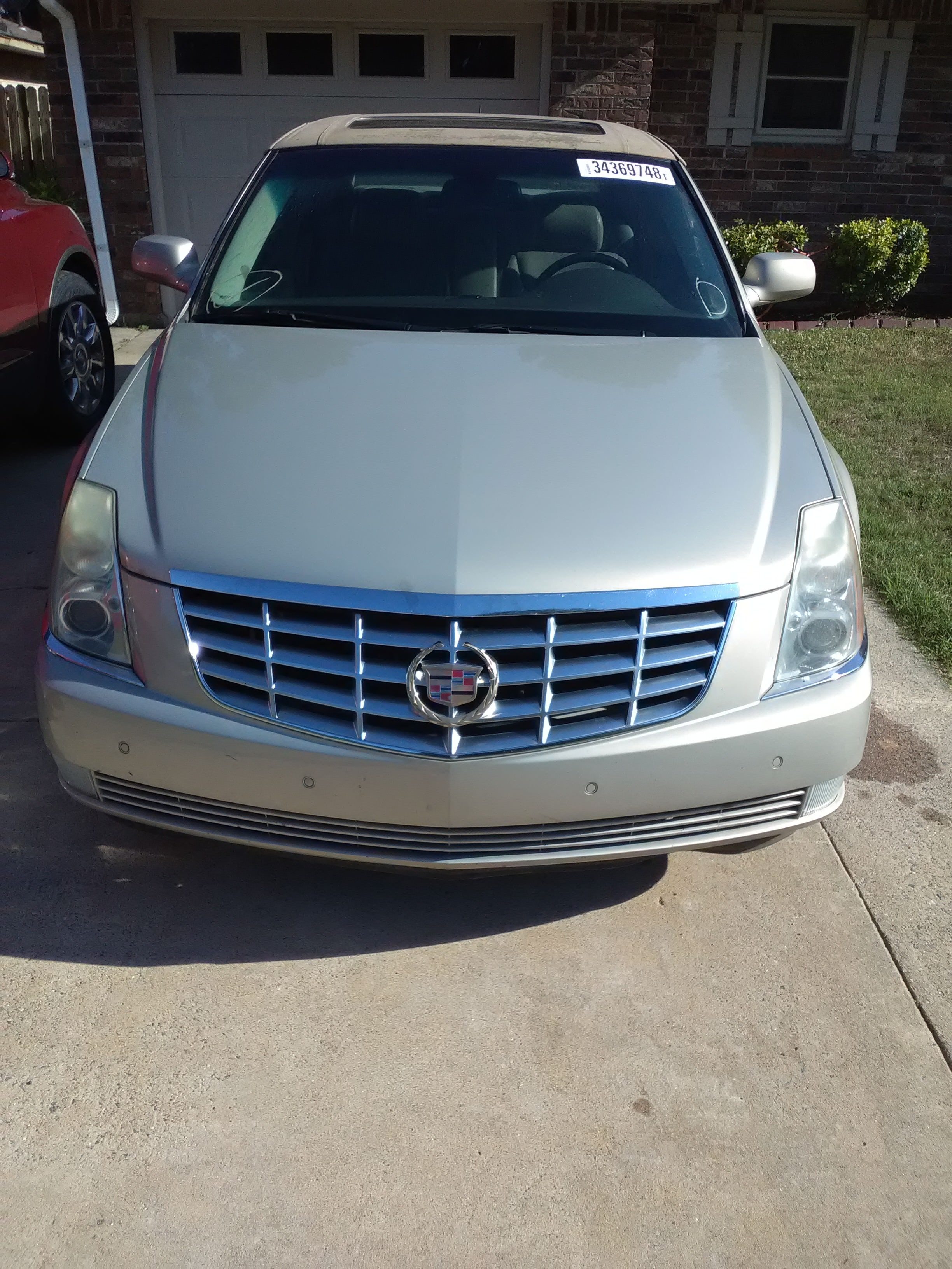 Junk 2007 Cadillac DTS in Pine Bluff
