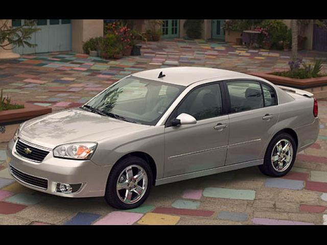 Junk 2007 Chevrolet Malibu in Irving
