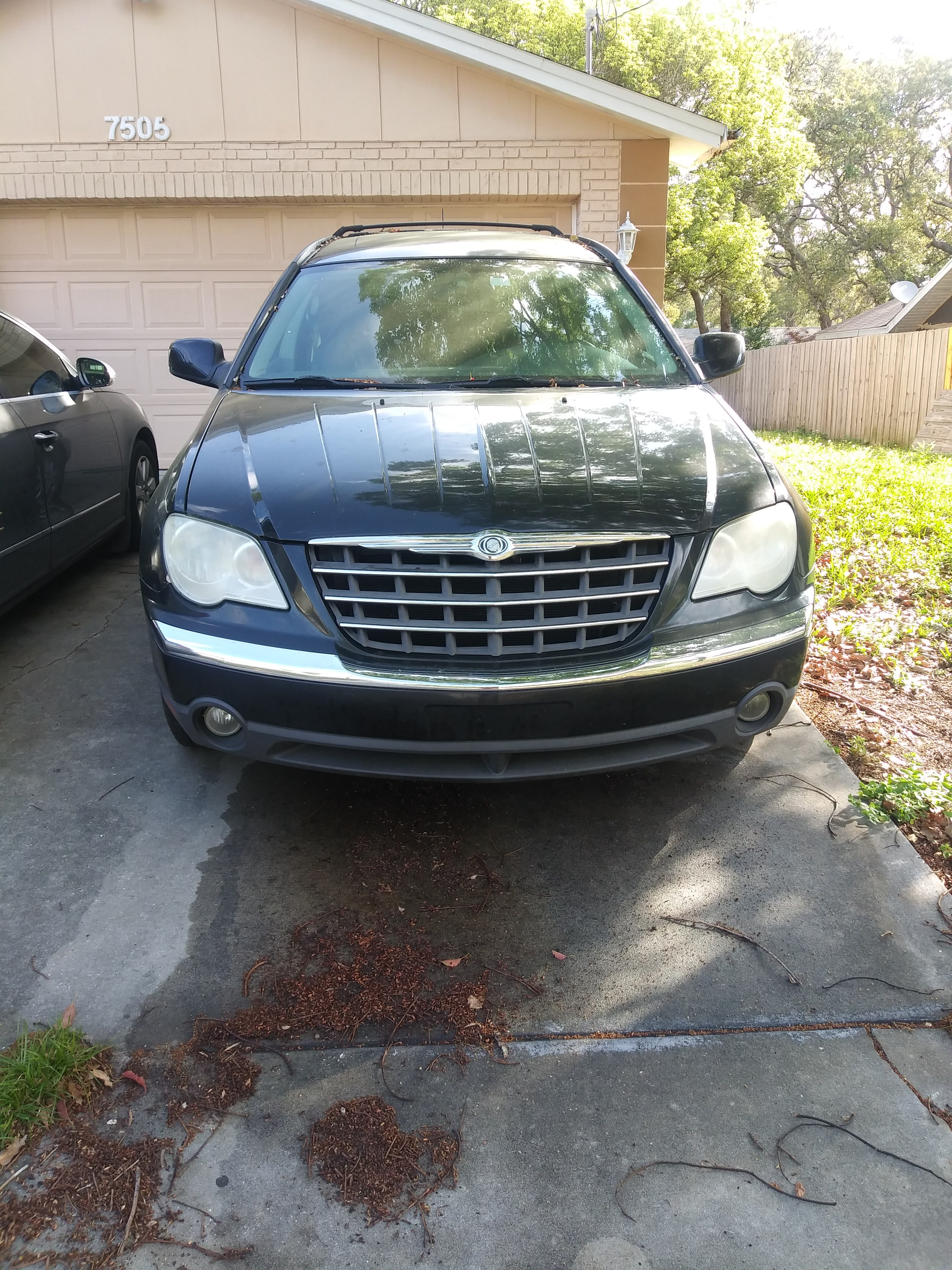 Junk 2007 Chrysler Pacifica in Spring Hill