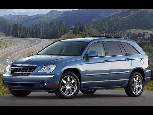 Junk 2007 Chrysler Pacifica in Sterling Heights