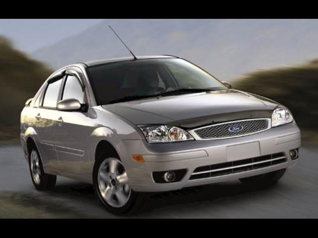 Junk 2007 Ford Focus in Walled Lake
