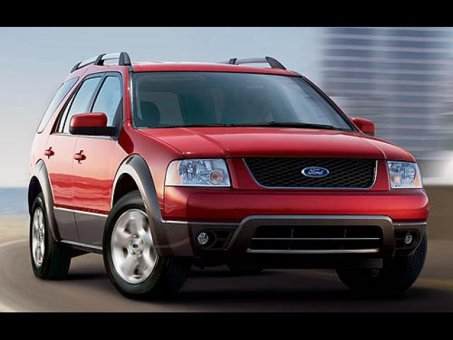 Junk 2007 Ford Freestyle in Saint Louis