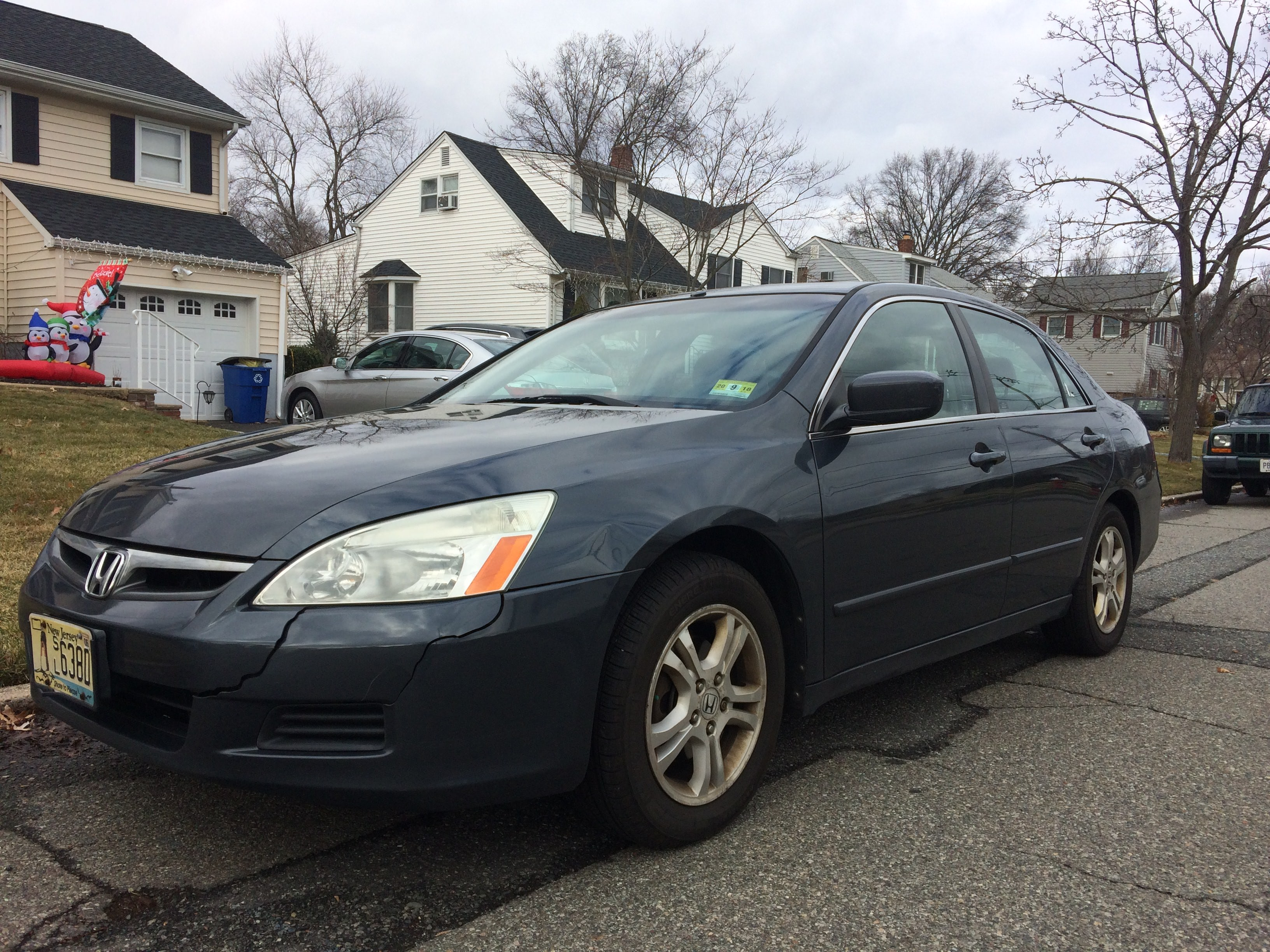 Junk 2007 Honda Accord in Cranford