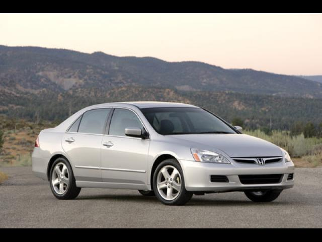 Junk 2007 Honda Accord in Laguna Hills