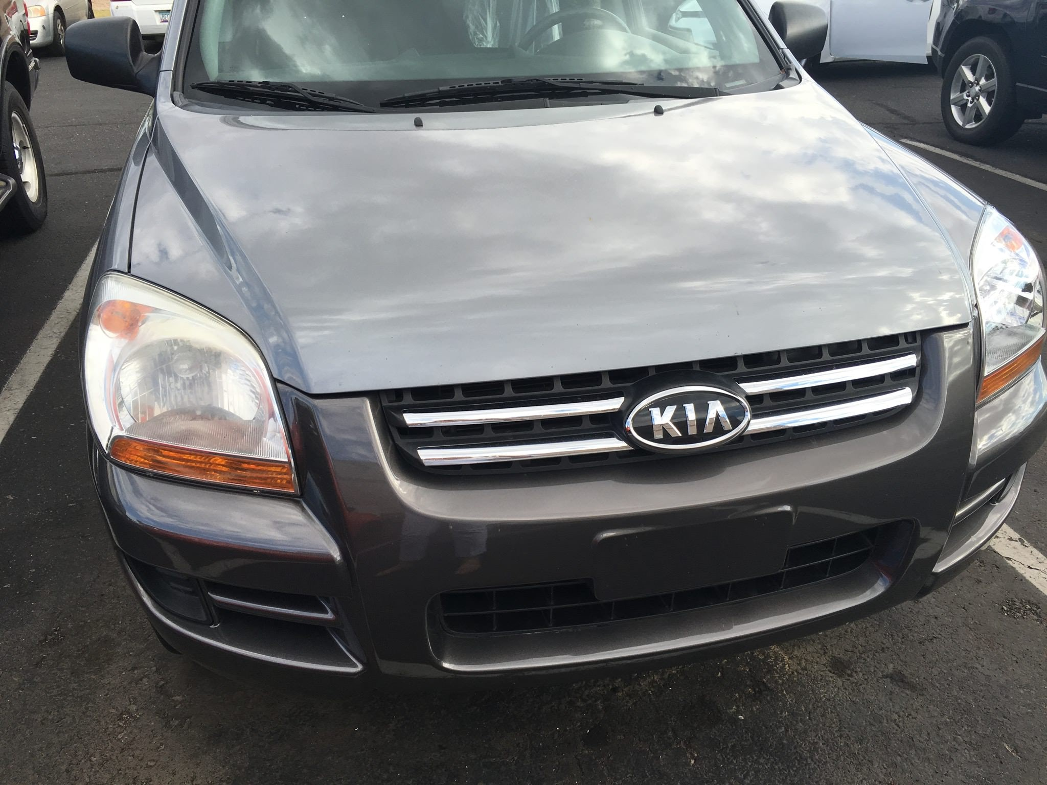 Junk 2007 Kia Sportage in Sun City
