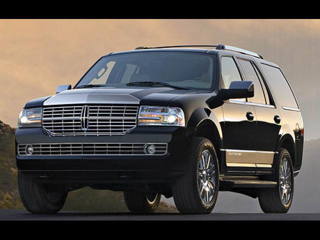 Junk 2007 Lincoln Navigator in Atlanta