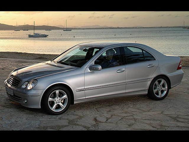 Junk 2007 Mercedes-Benz C in Pacific