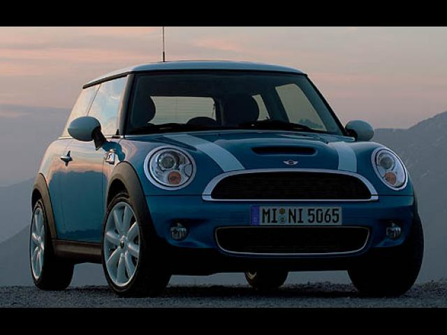 Junk 2007 Mini Cooper in Wixom