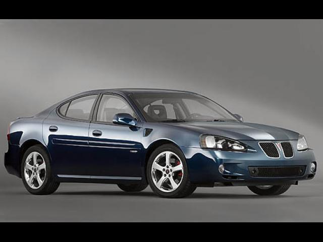 Junk 2007 Pontiac Grand Prix in Wrentham