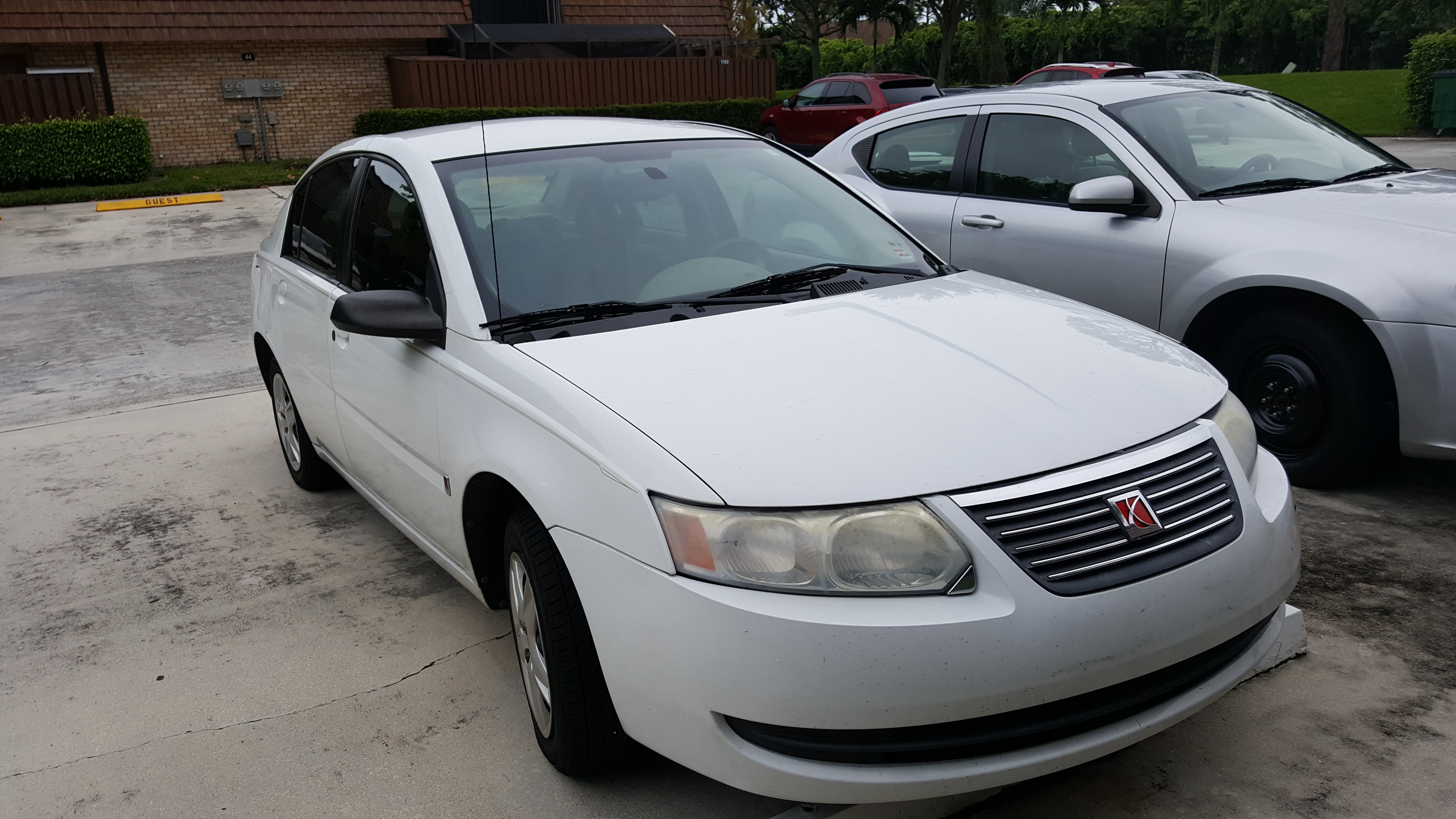 Junk 2007 Saturn Ion in Lake Worth