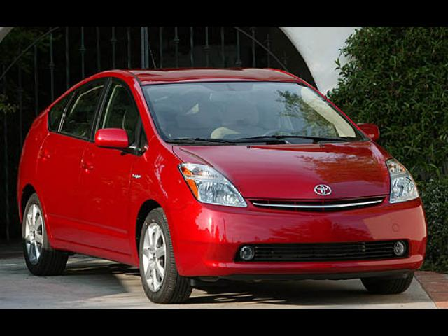 Junk 2007 Toyota Prius in Lake Worth