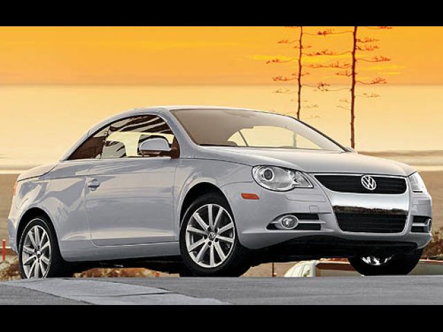 Junk 2007 Volkswagen EOS in Los Angeles