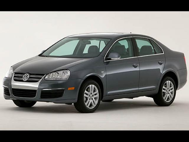 Junk 2007 Volkswagen Jetta in Lakewood