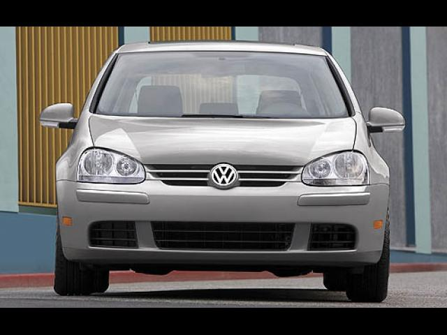 Junk 2007 Volkswagen Rabbit in Saint Augustine