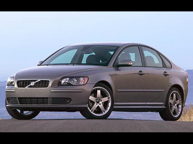 Junk 2007 Volvo S40 in Westbrook