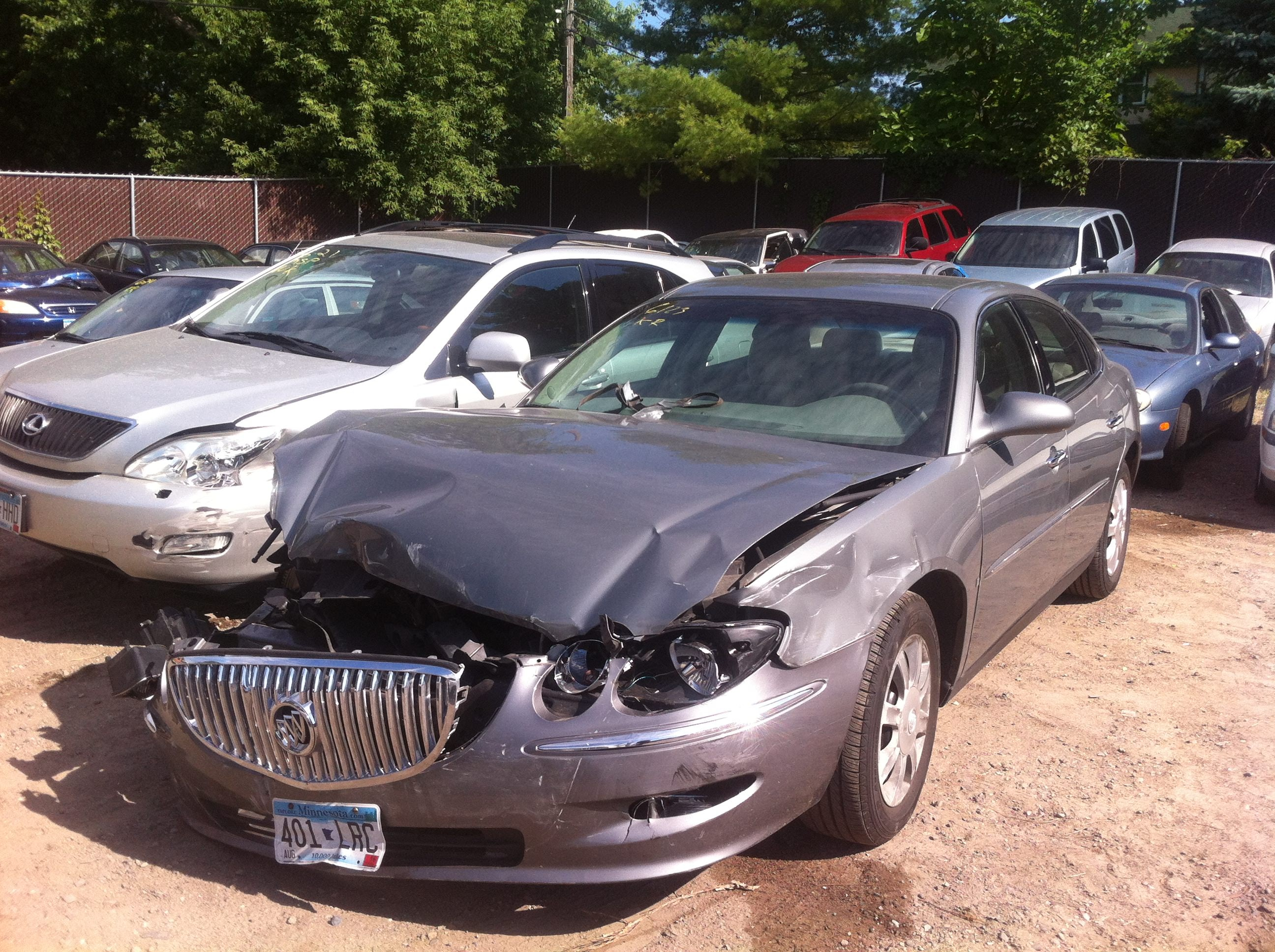 Junk 2008 Buick LaCrosse in Minneapolis