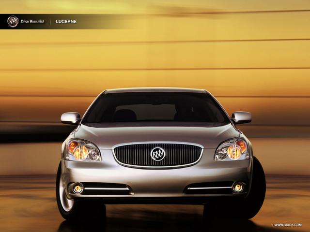 Junk 2008 Buick Lucerne in Lakewood