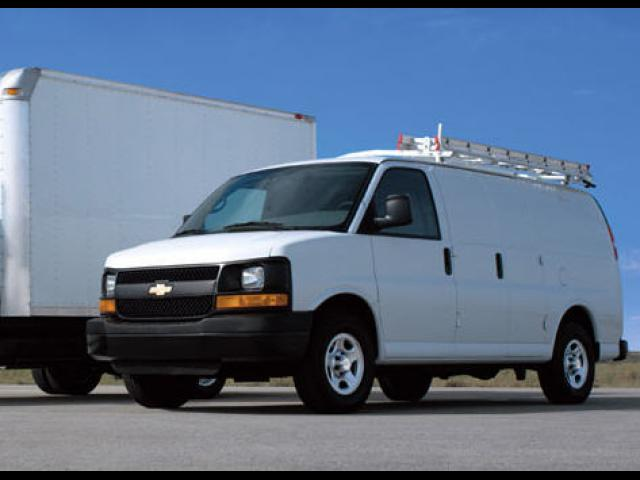 Junk 2008 Chevrolet Express G1500 in Poca