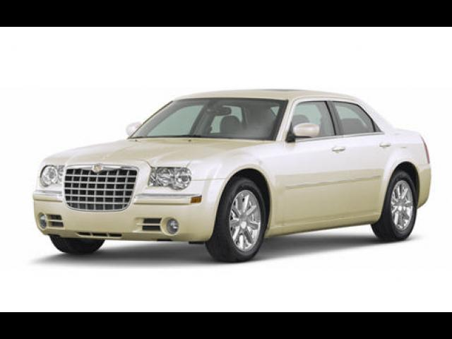 Junk 2008 Chrysler 300 in Lancaster