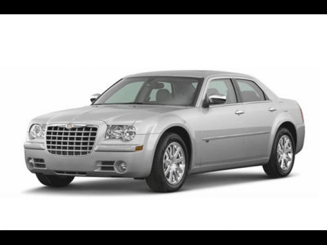 Junk 2008 Chrysler 300C in Elk Grove