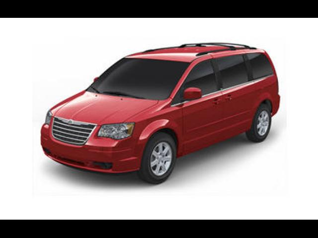 Junk 2008 Chrysler Town & Country in Trumbull