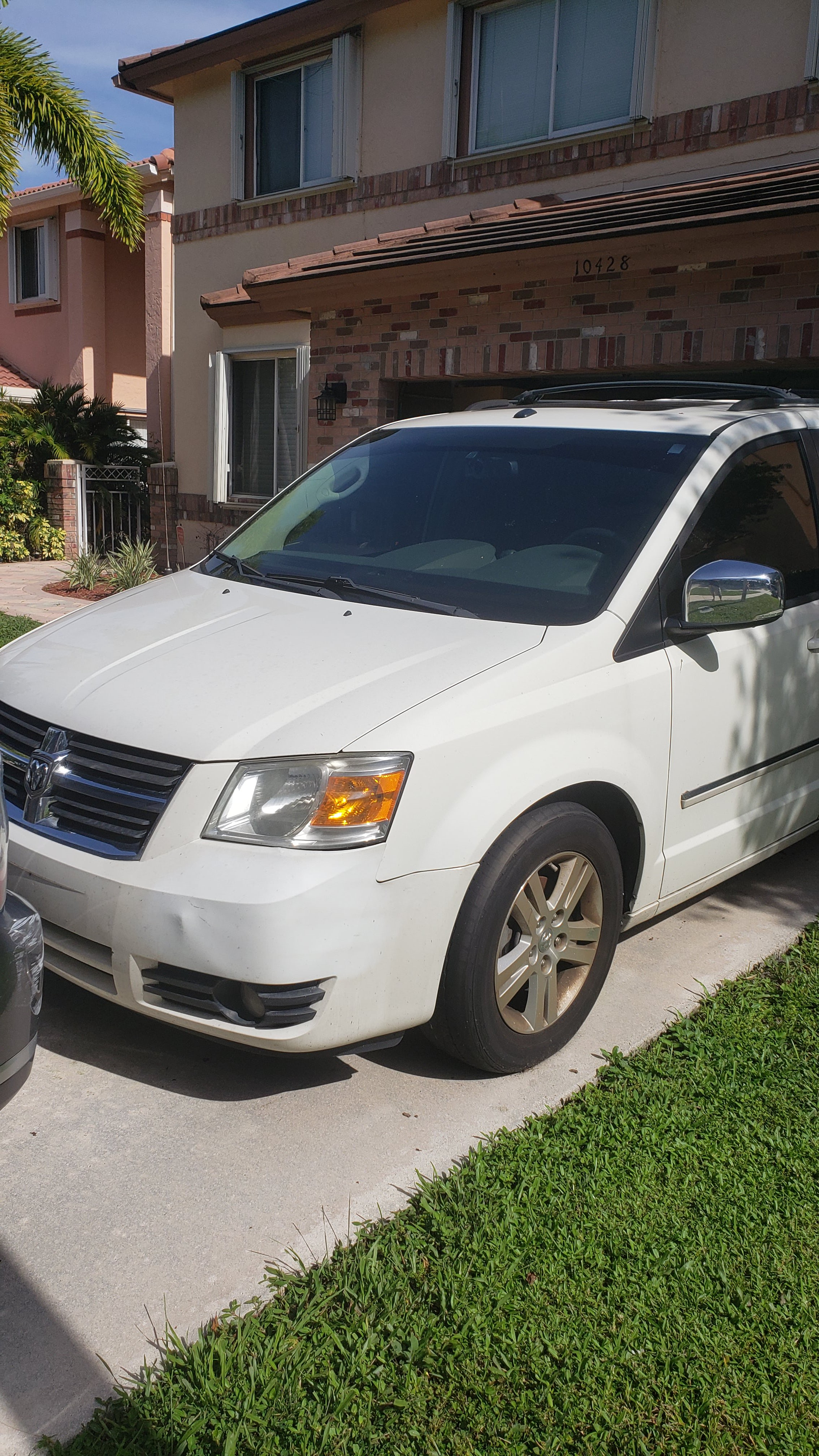 Junk 2008 Dodge Grand Caravan in Boca Raton
