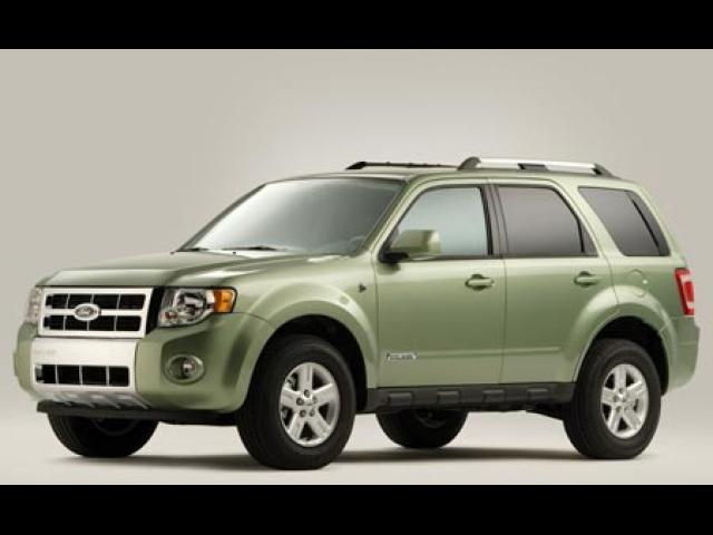 Junk 2008 Ford Escape in Rialto