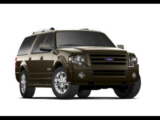 Junk 2008 Ford Expedition in Le Roy