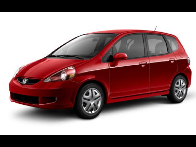 Junk 2008 Honda Fit in Columbus