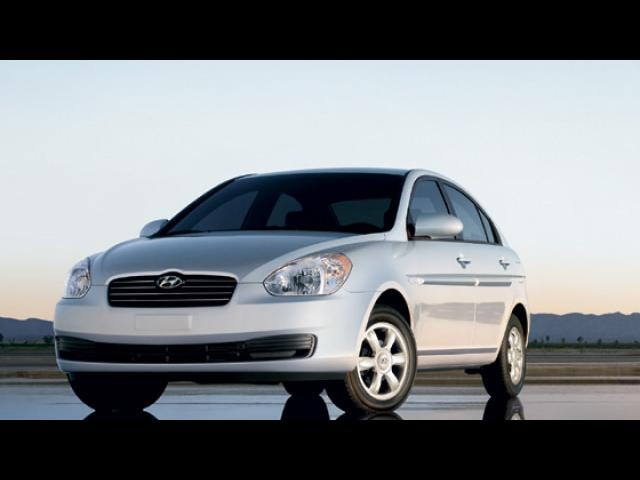 Junk 2008 Hyundai Accent in Williston