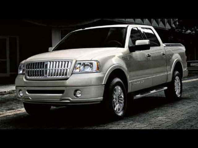 Junk 2008 Lincoln Mark LT in Clearwater