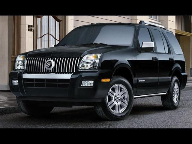 Junk 2008 Mercury Mountaineer in Simi Valley