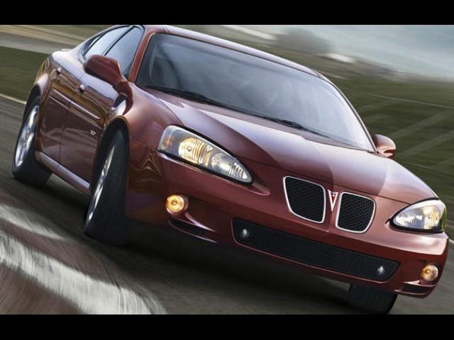 Junk 2008 Pontiac Grand Prix in Laurel