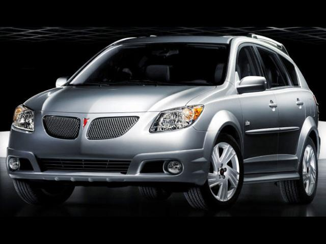 Junk 2008 Pontiac Vibe in West Chester