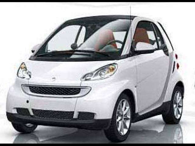 Junk 2008 smart fortwo in Beverly Hills