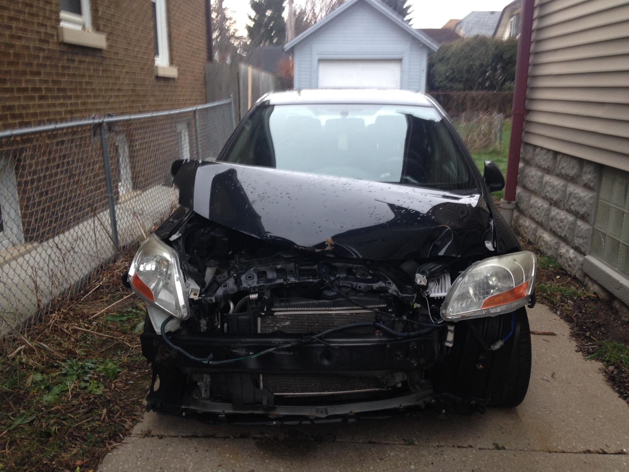 Junk 2008 Toyota Yaris in Milwaukee