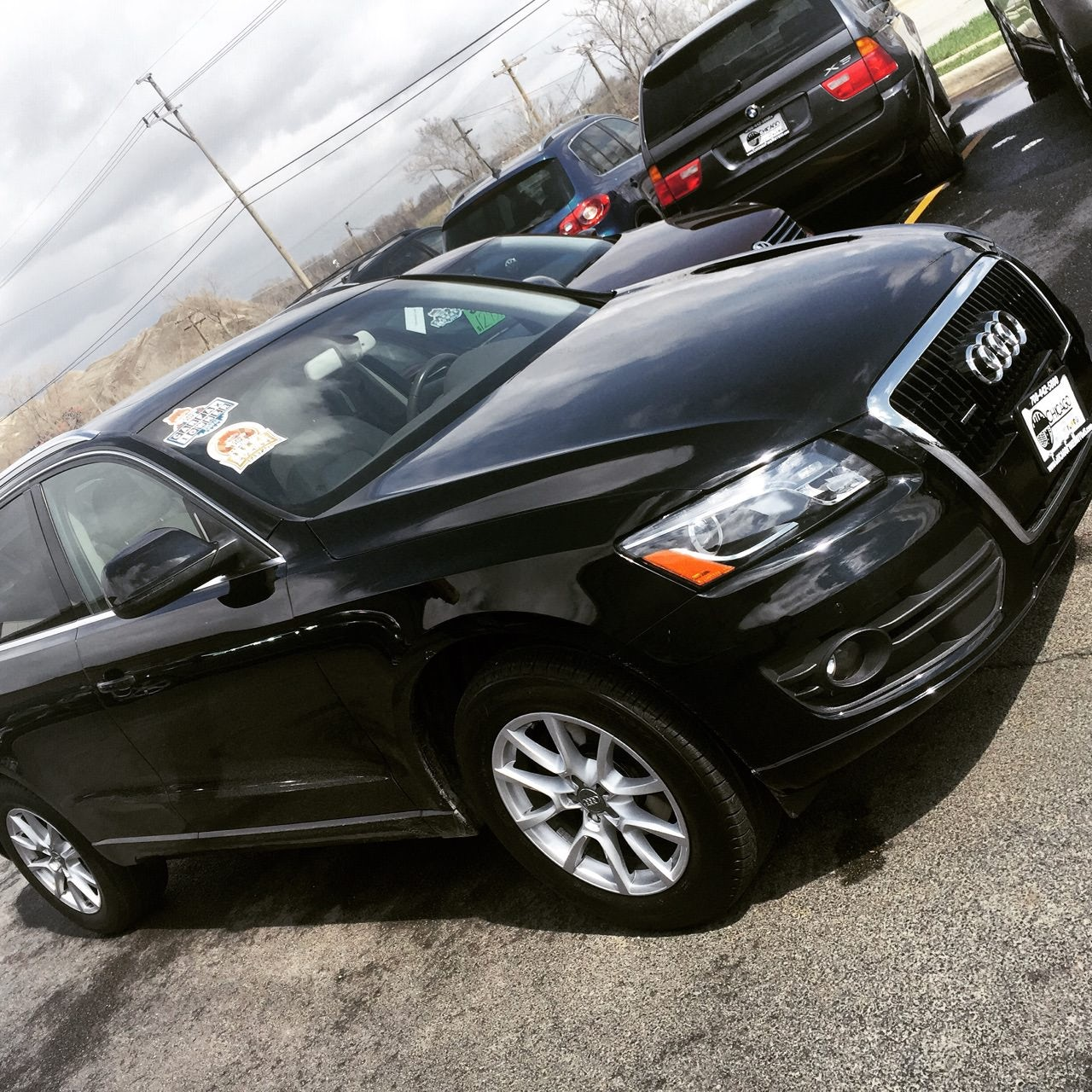 Junk 2009 Audi Q5 in Chicago