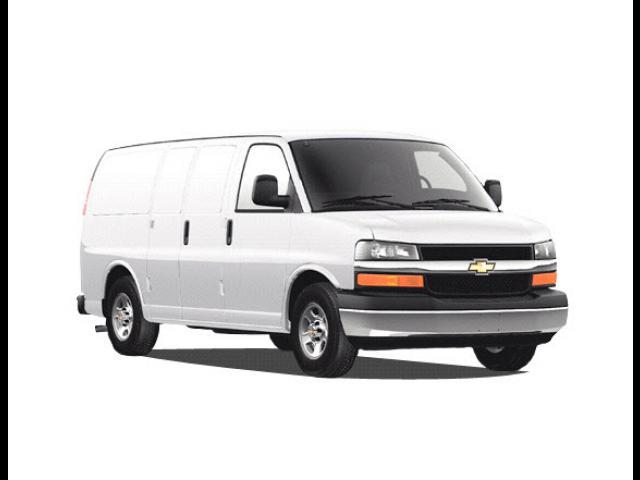Junk 2009 Chevrolet Express G1500 in Springfield