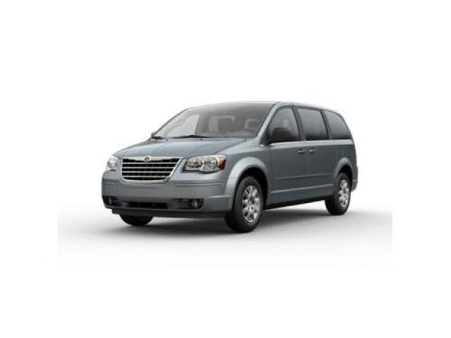 Junk 2009 Chrysler Town & Country in Rowlett