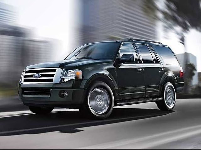 Junk 2009 Ford Expedition in Cary