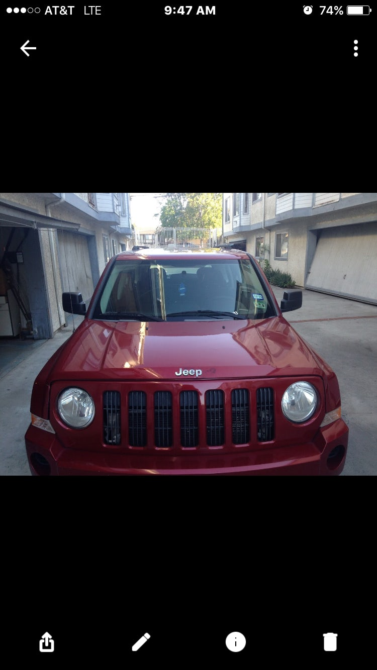 Junk 2009 Jeep Patriot in Gardena