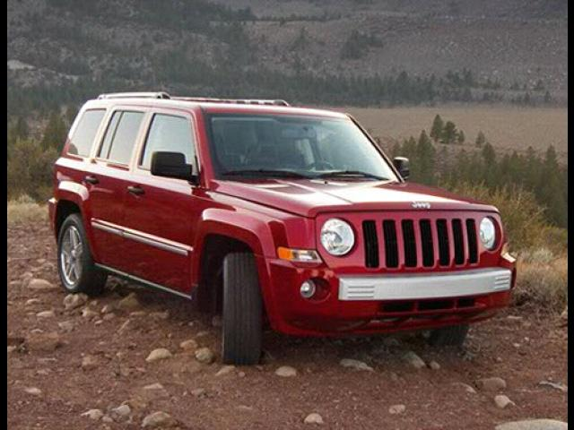Junk 2009 Jeep Patriot in West Covina