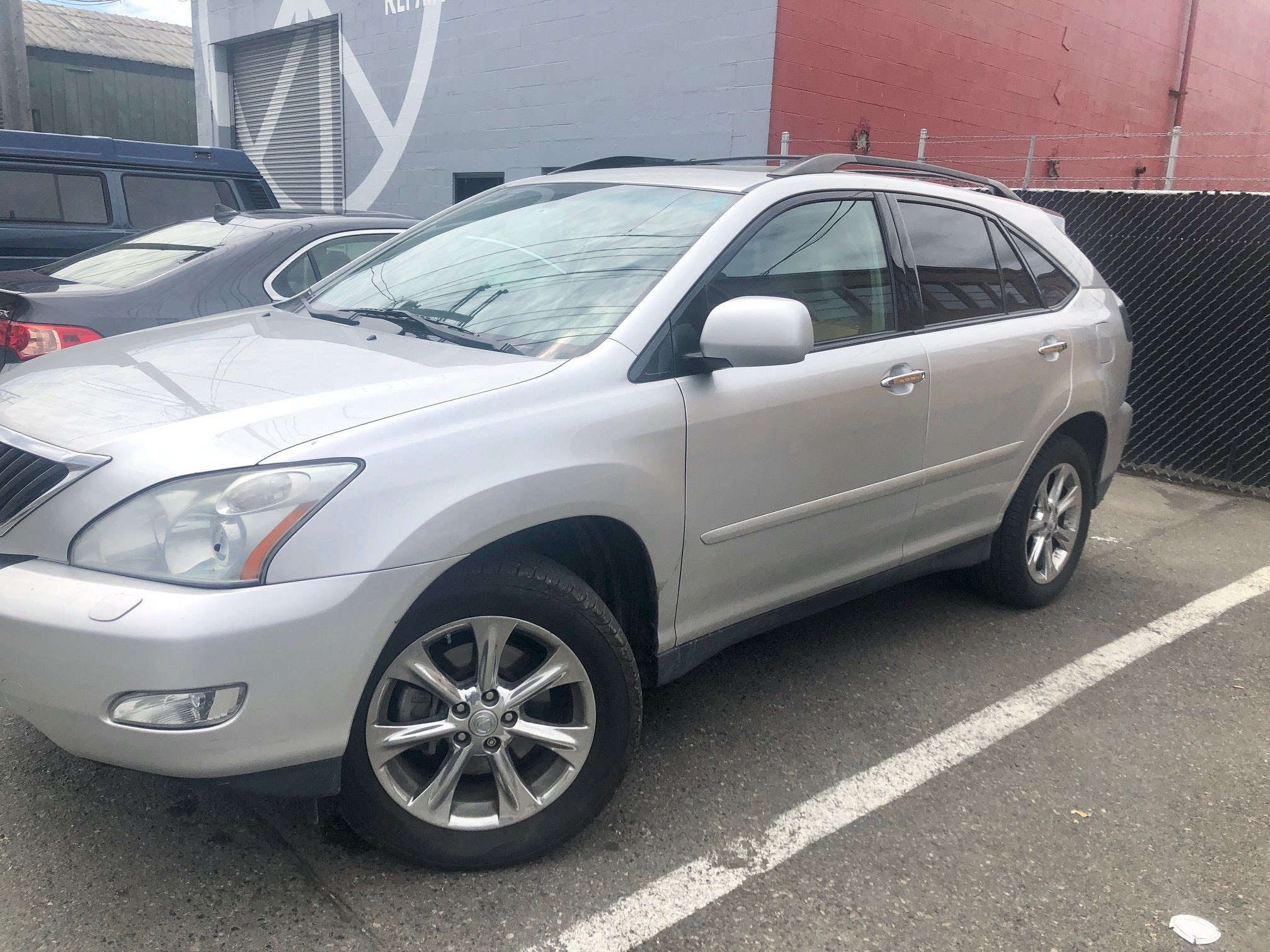 Junk 2009 Lexus RX in Seattle