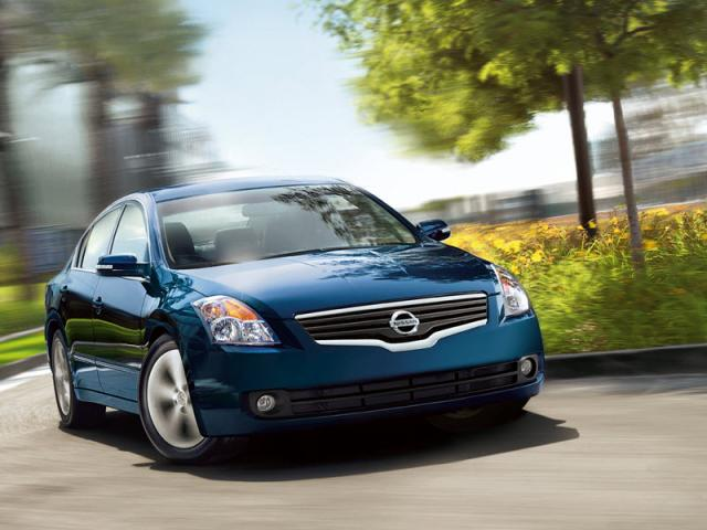 Junk 2009 Nissan Altima in Rehoboth