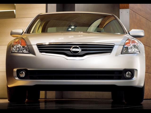 Junk 2009 Nissan Altima in Whitsett