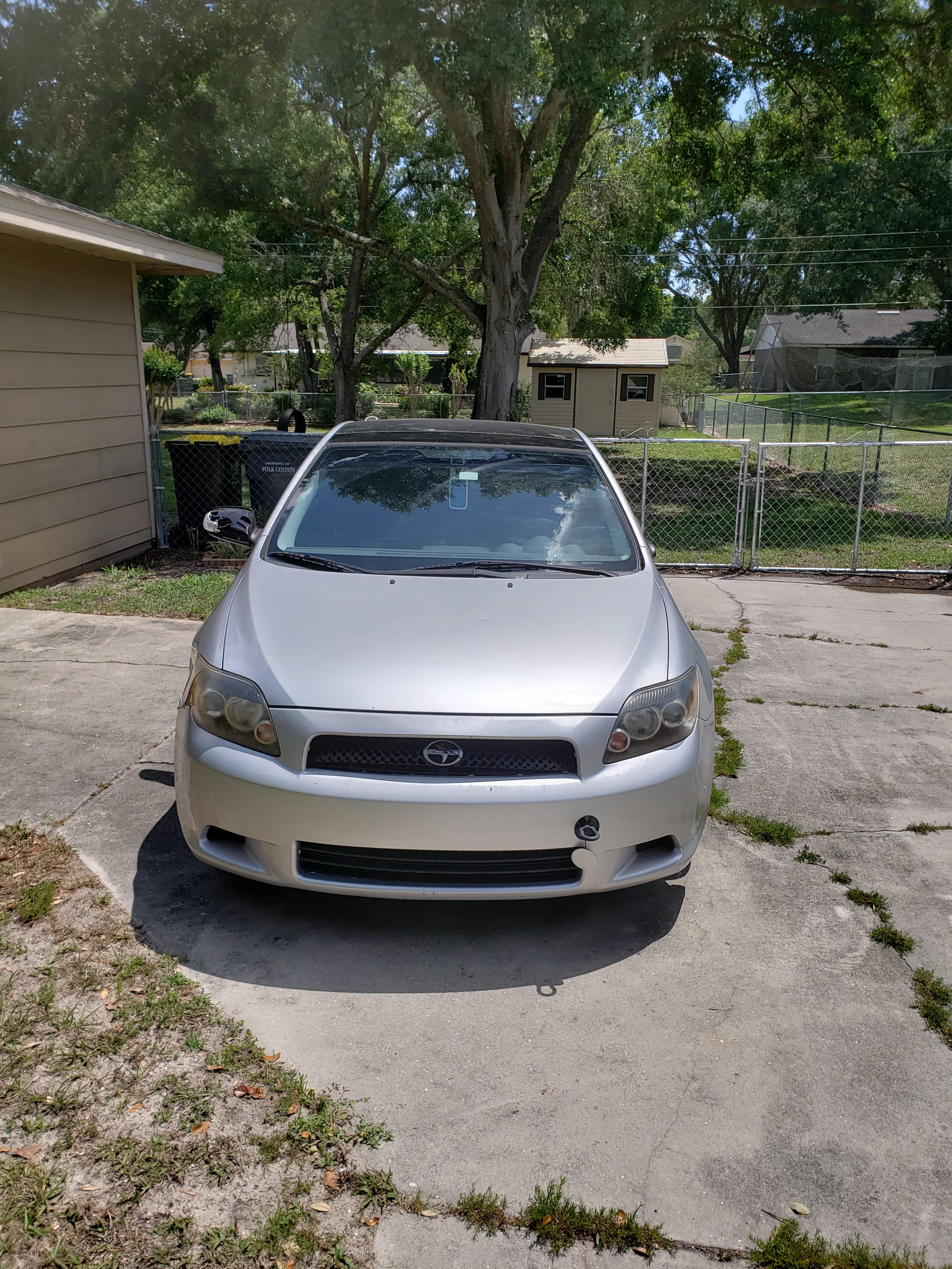 Junk 2009 Toyota Scion tC in Lakeland